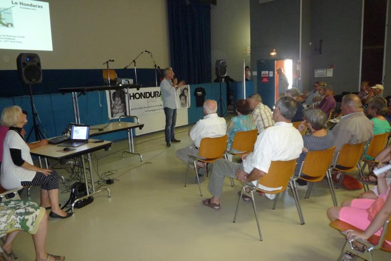 Dominique hallier introduit le concert